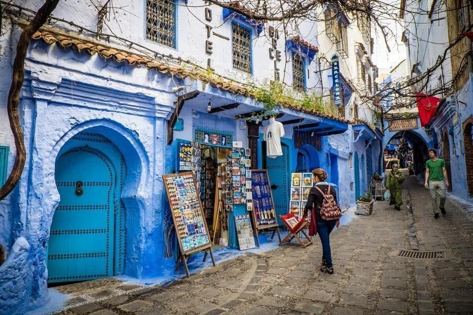 Genevieve-Hathaway_Morocco_Chefchaouen_Medina-streets_1_72-dpi-min