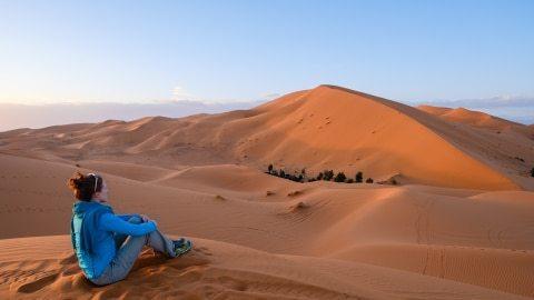 2017_Morocco_Sahara Erg Chebbi dune sunset_genevieve hathaway_srgb-1735