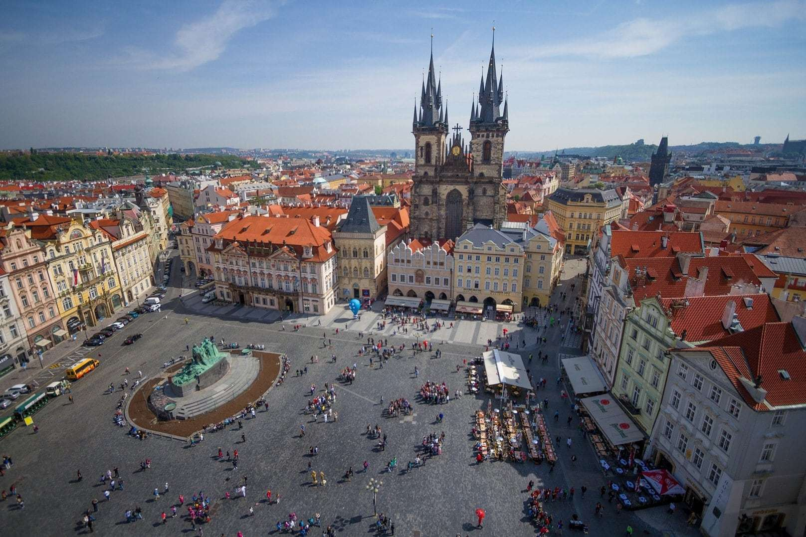 Photo story prague the city of a hundred spires for Prague square