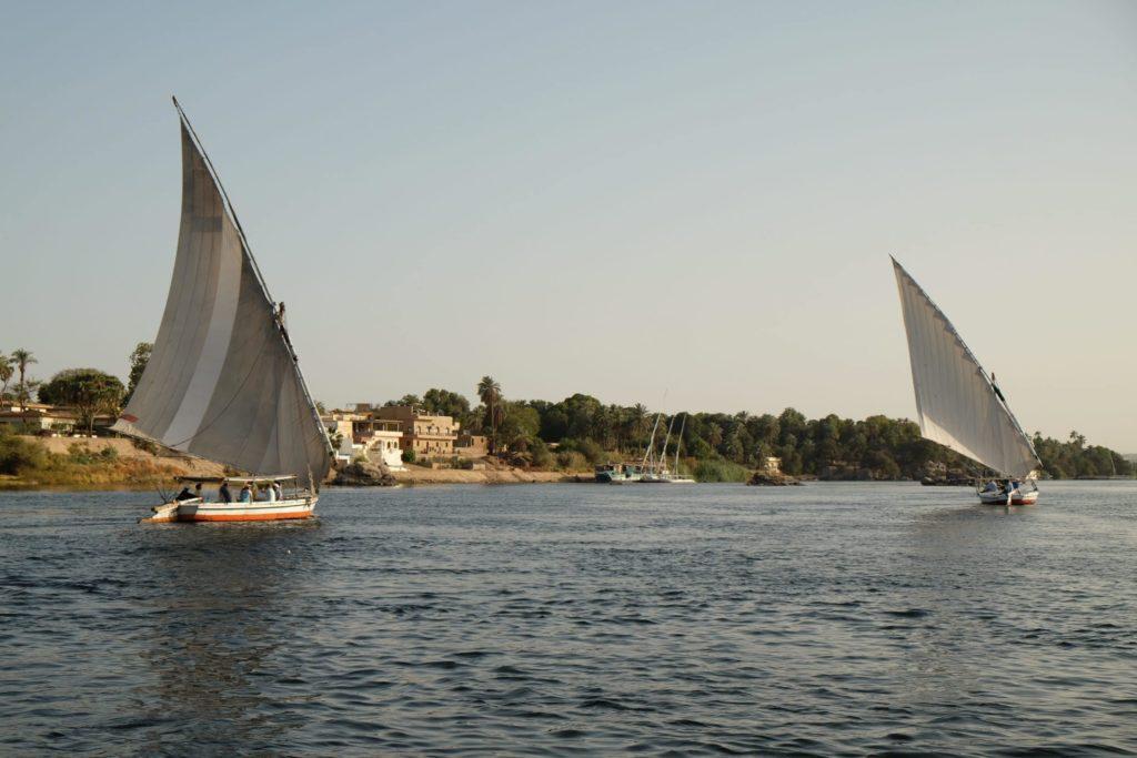 Felucca's sailing between the islands of Aswan.
