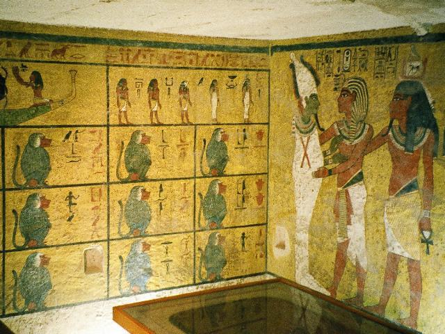 Burial chamber tomb reliefs. Tutankhamun. Valley of the Kings. Photo: Wikipedia, Creative Commons.