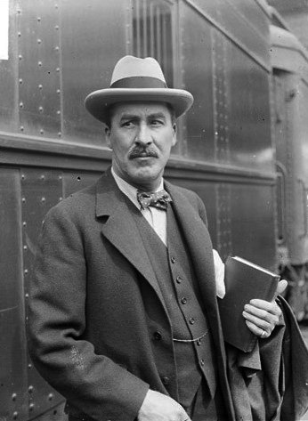 Photo of Howard Carter. Wikipedia. Creative Commons.