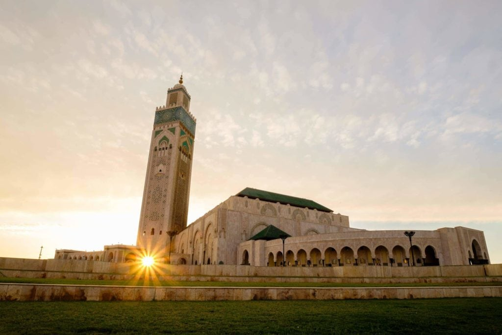 Morocco_Casablanca_Hassan II Mosque_at sunset sunburst